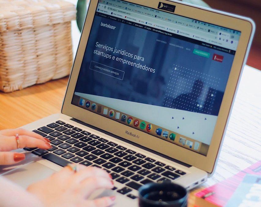 Golpes na internet: Como evitar e o que fazer? | Bortolozo Adv
